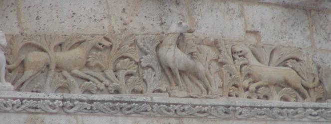 Frise Cerf Cathédrale Angoulême Chevet